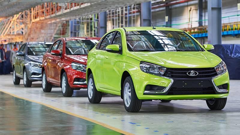«АвтоВАЗ» осенью увеличил продажи Лада на14,3%