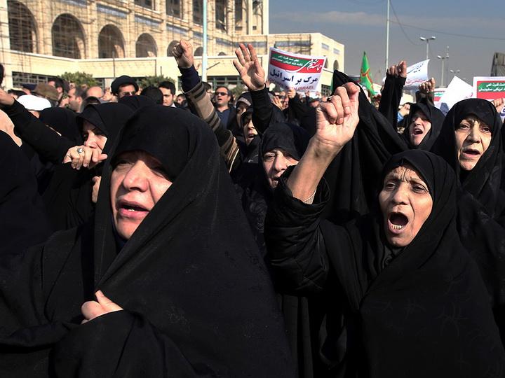 Иранские власти подтвердили смерть двух человек впроцессе акций протеста вДоруде