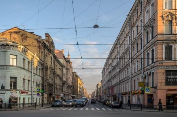 «Ленсвет» поменял осветительные приборы наулице Некрасова вПетербурге