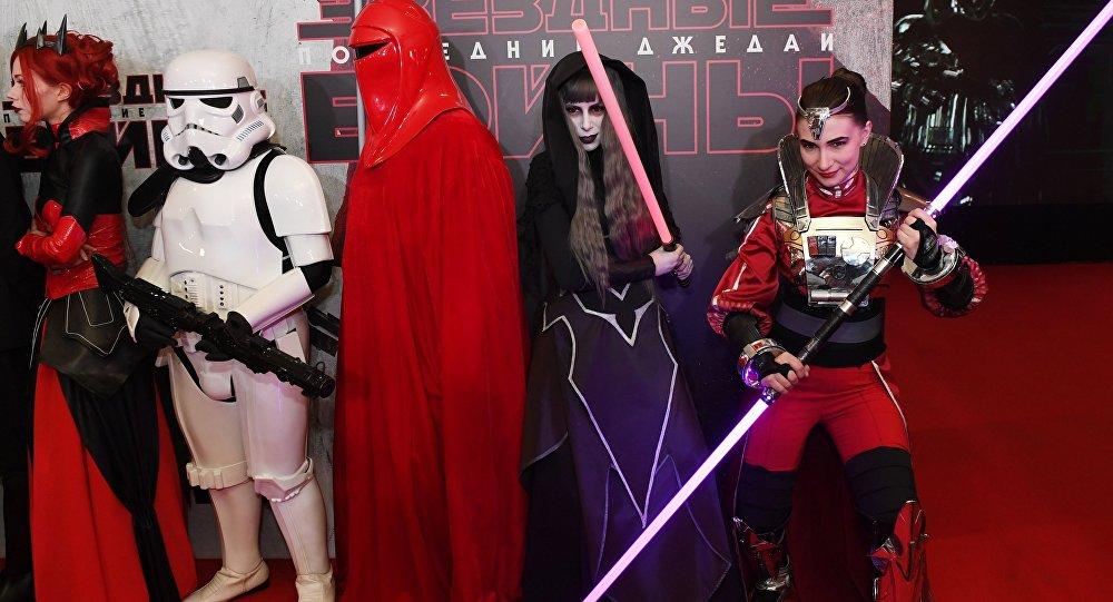 «Звёздные войны. Последние джедаи» собрали $220 млн вСША запервые выходные