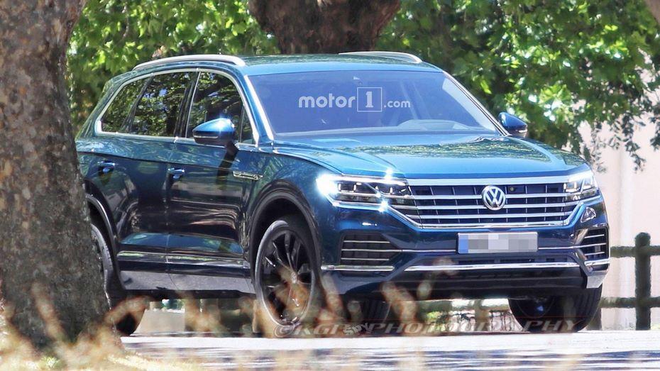 VW представит обновленный тип кроссовера Touareg весной 2018 года