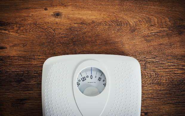 Богатые женщины менее страдают отожирения, чем бедные— Ученые