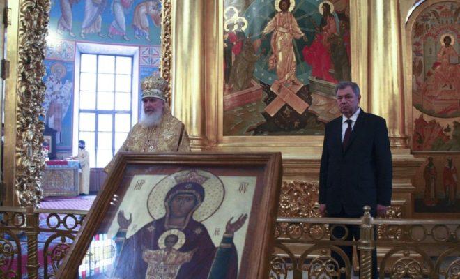 Калужане поздравили владыку Климента с днем ангела