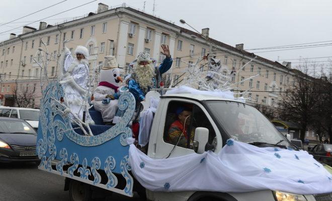 Дед Мороз на волшебных санях проехал по Калуге