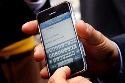 Выяснилась причина, покоторой тормозят старые Iphone