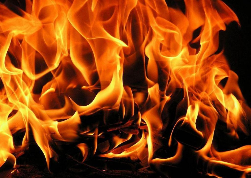 ВКирове пожарные потушили магазин одежды