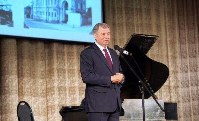 Губернатор области наградил Калужский объединенный музей-заповедник