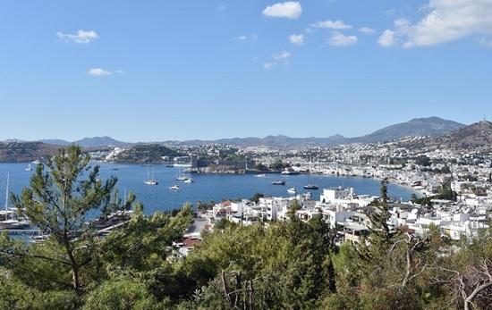 Известный турецкий курорт сполз в море в результате землетрясения