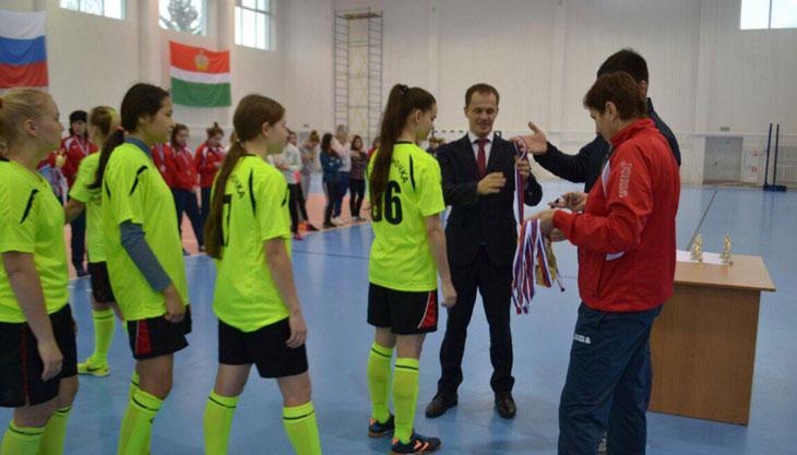 Калужские спортсменки выиграли соревнования по мини-футболу