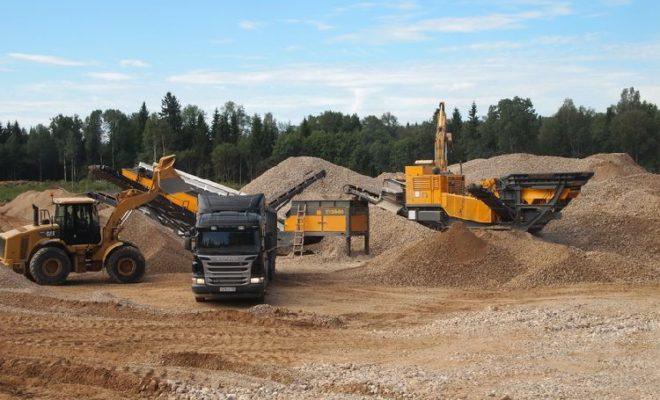 В Боровском районе возбуждены уголовные дела о незаконной добыче полезных ископаемых