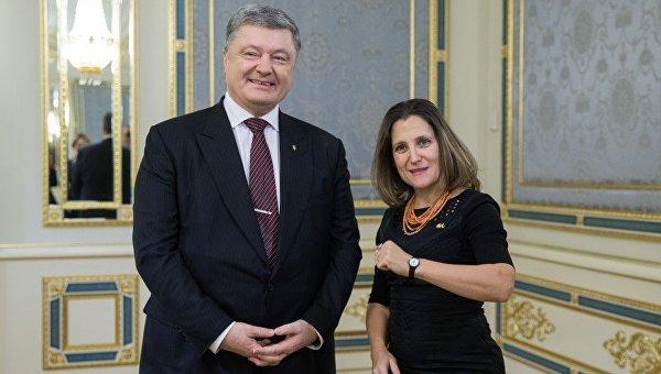 Порошенко иФриланд договорились продвигать вопрос размещения миротворцев