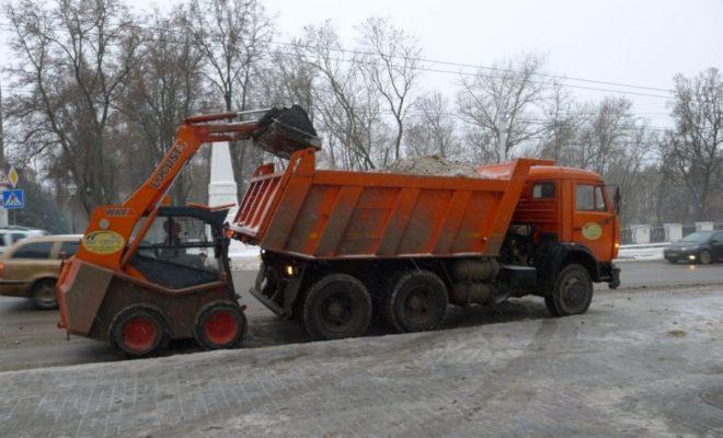 Калужан просят убрать авто с проезжей части дорог