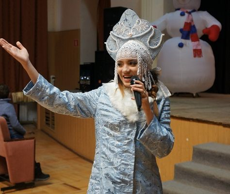 В Калуге прошла благотворительная шоу-программа «Один дома»