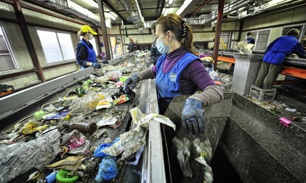 Власти намерены серьёзно взяться за сортировку мусора
