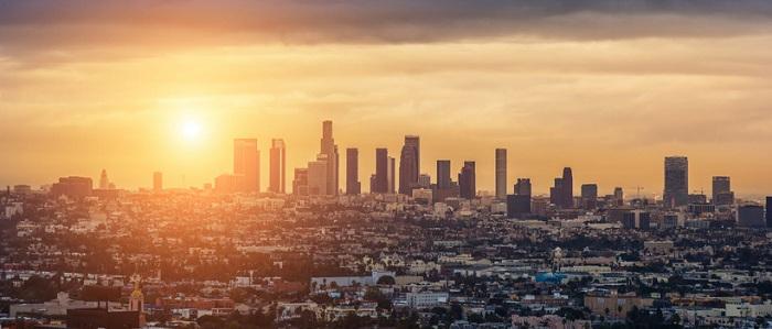 ВЛос-Анджелесе введён режим ЧП