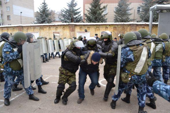 УФСИН ликвидировал учебные беспорядки в колонии